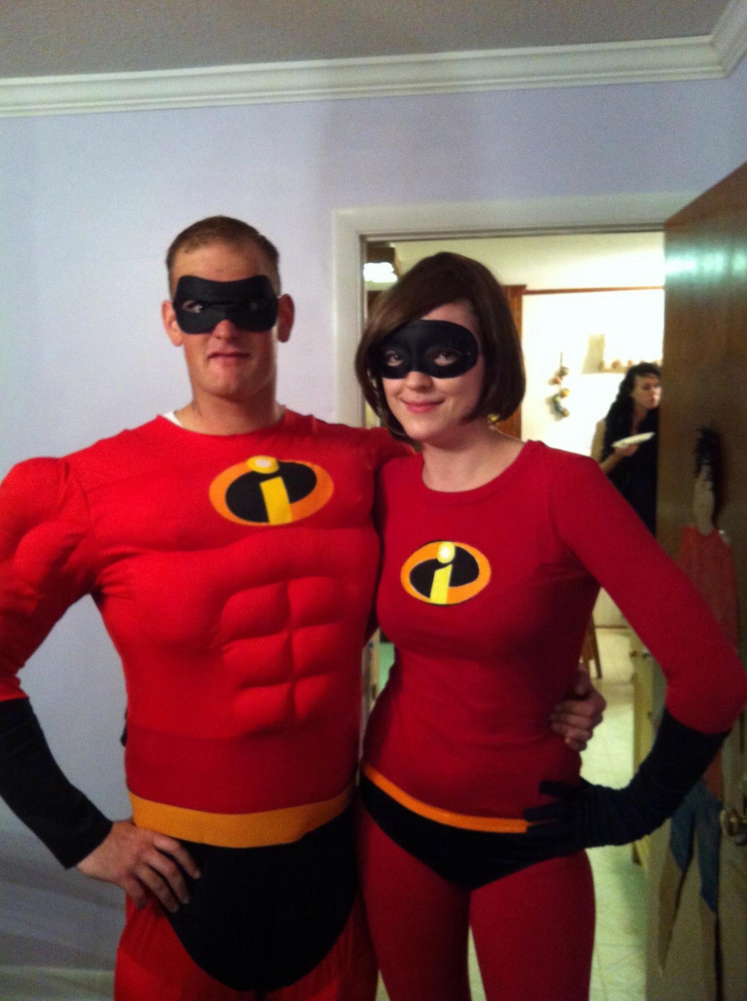 diy incredibles couple costume noelle lewis art